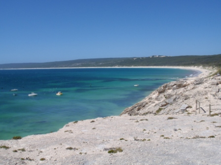 overlooking-hamelin-bay-in-margaret-river-region